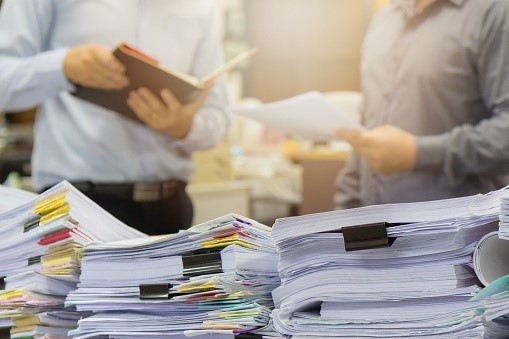 How Not Using Document Management System Affects Your Efficiency?